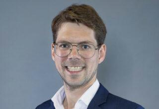 Dr. Carl Heckmann